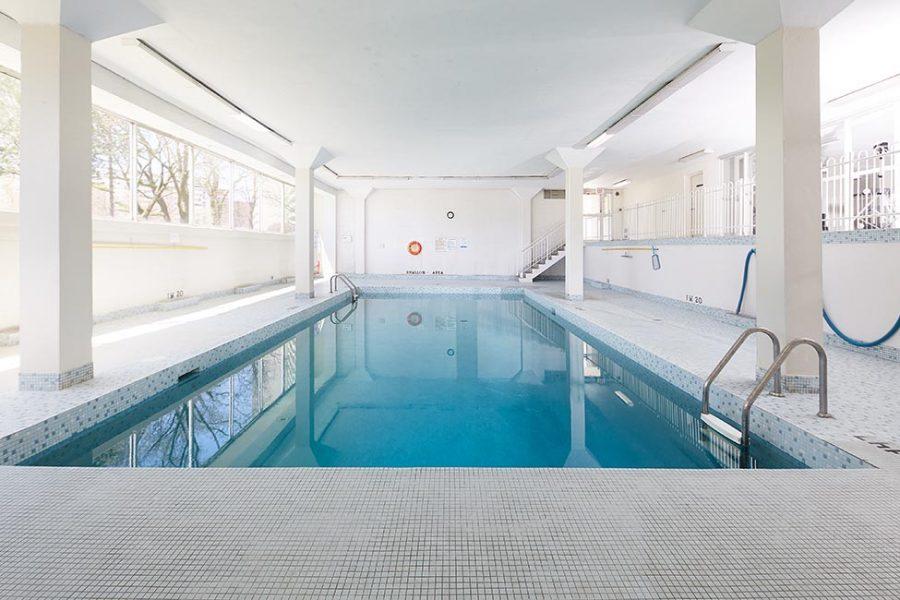 2170 Sherobee pool 02