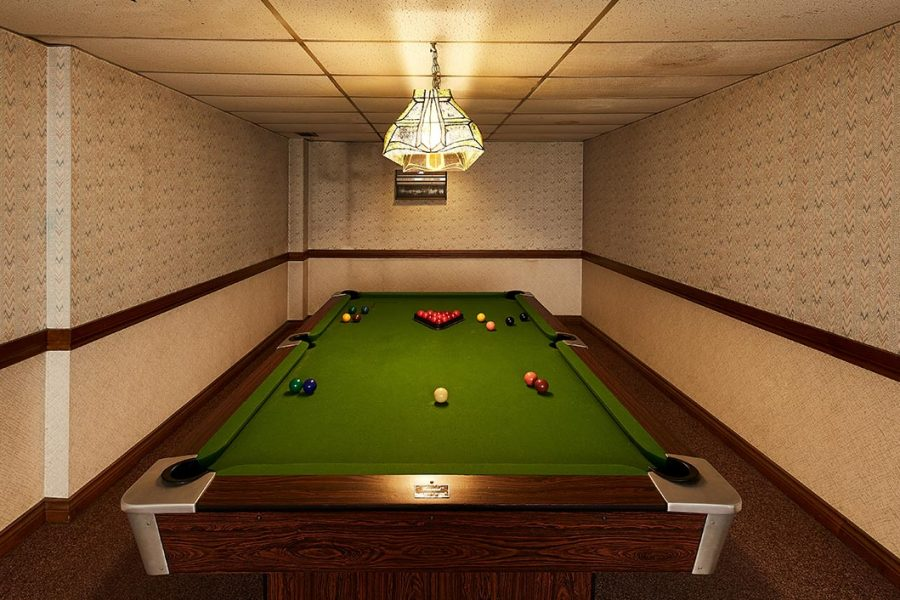 3575 Kaneff billiard 02